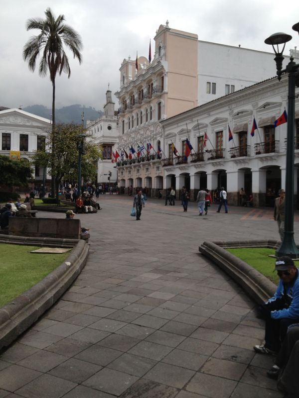 Quito Plaza de la Independencia
